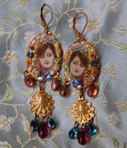 show girl earrings1 257x300 Fashion Bloggers Outfit Competition   Over £300 of Ethical Fashion Prizes to be Won
