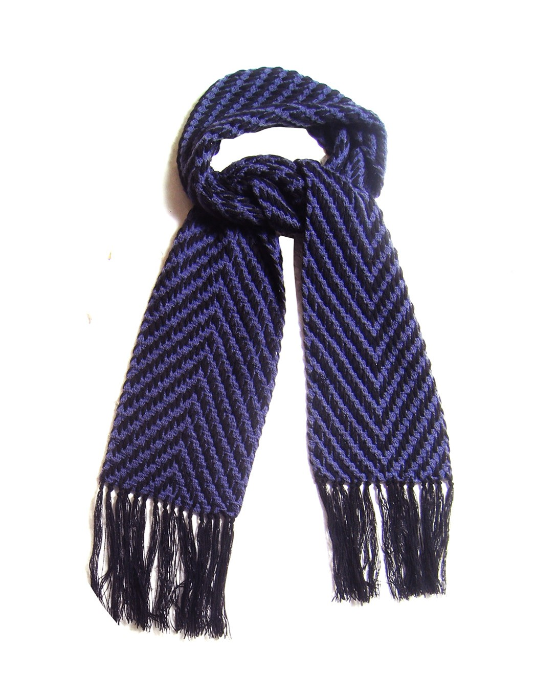 fair true fair trade zig zag purple knited scarf w 1 2 1 30 Days of Ethical Fashion   Fair + True