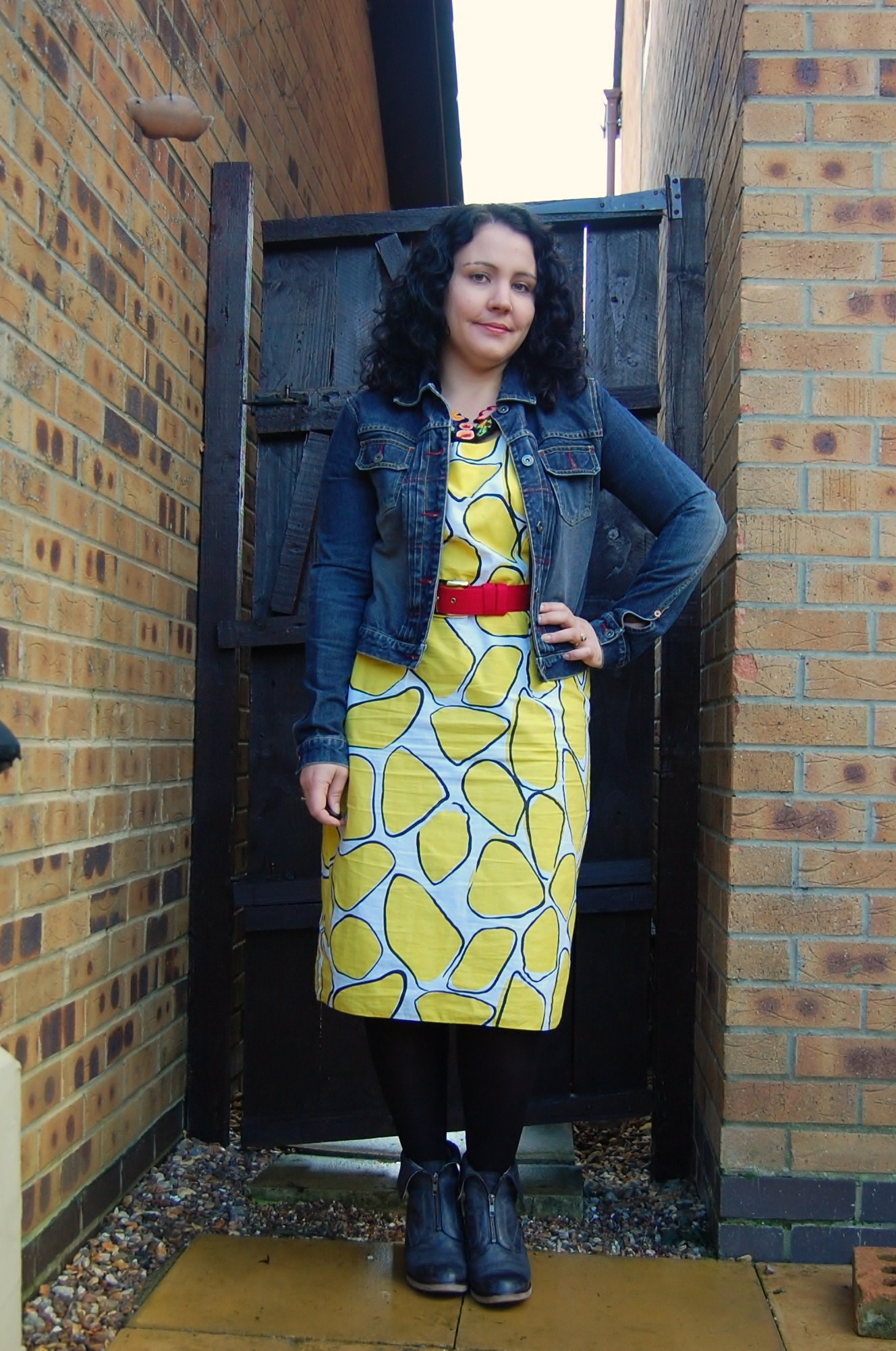 076 Crazy Yellow Print Dress