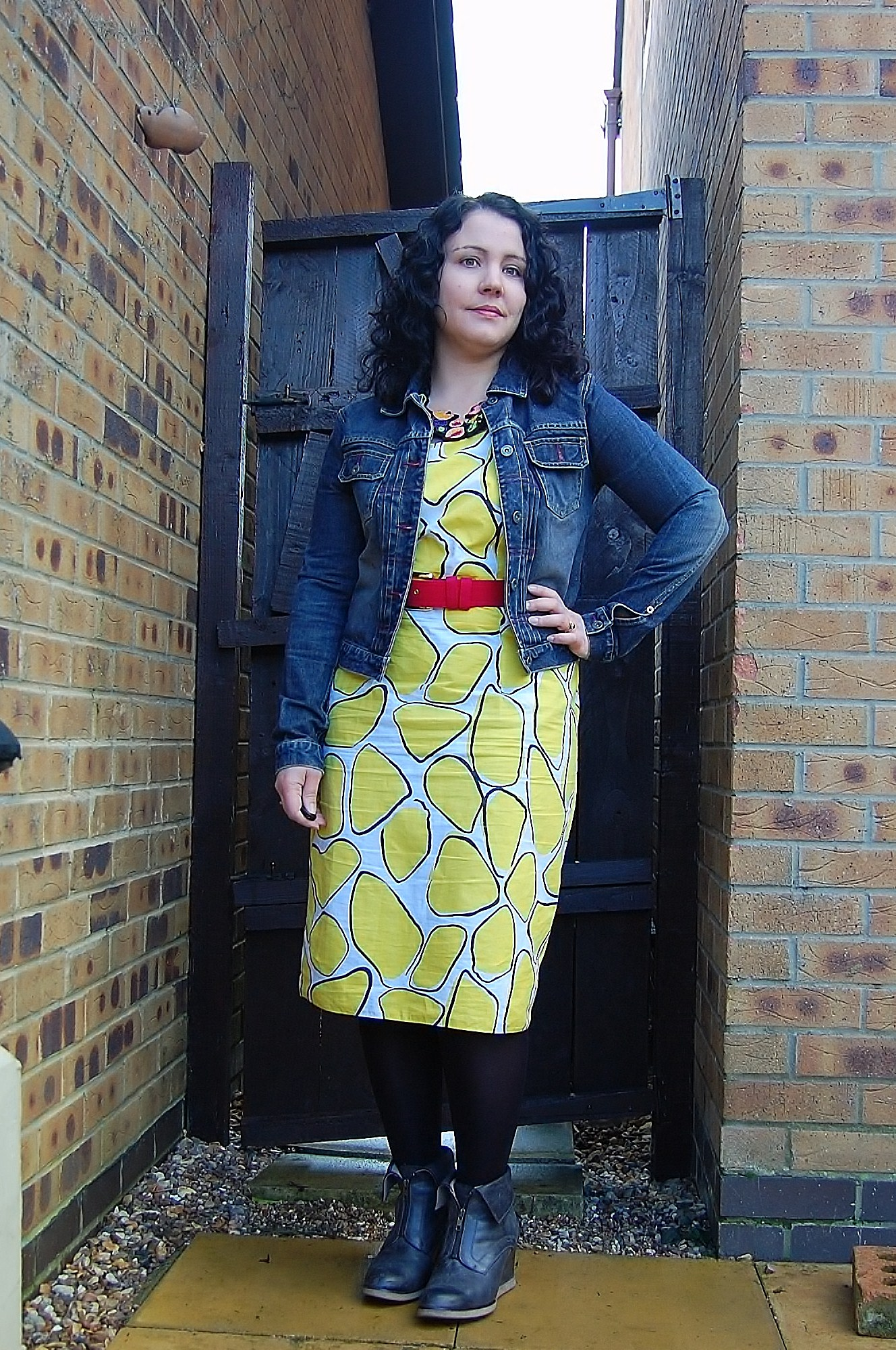 082 Crazy Yellow Print Dress