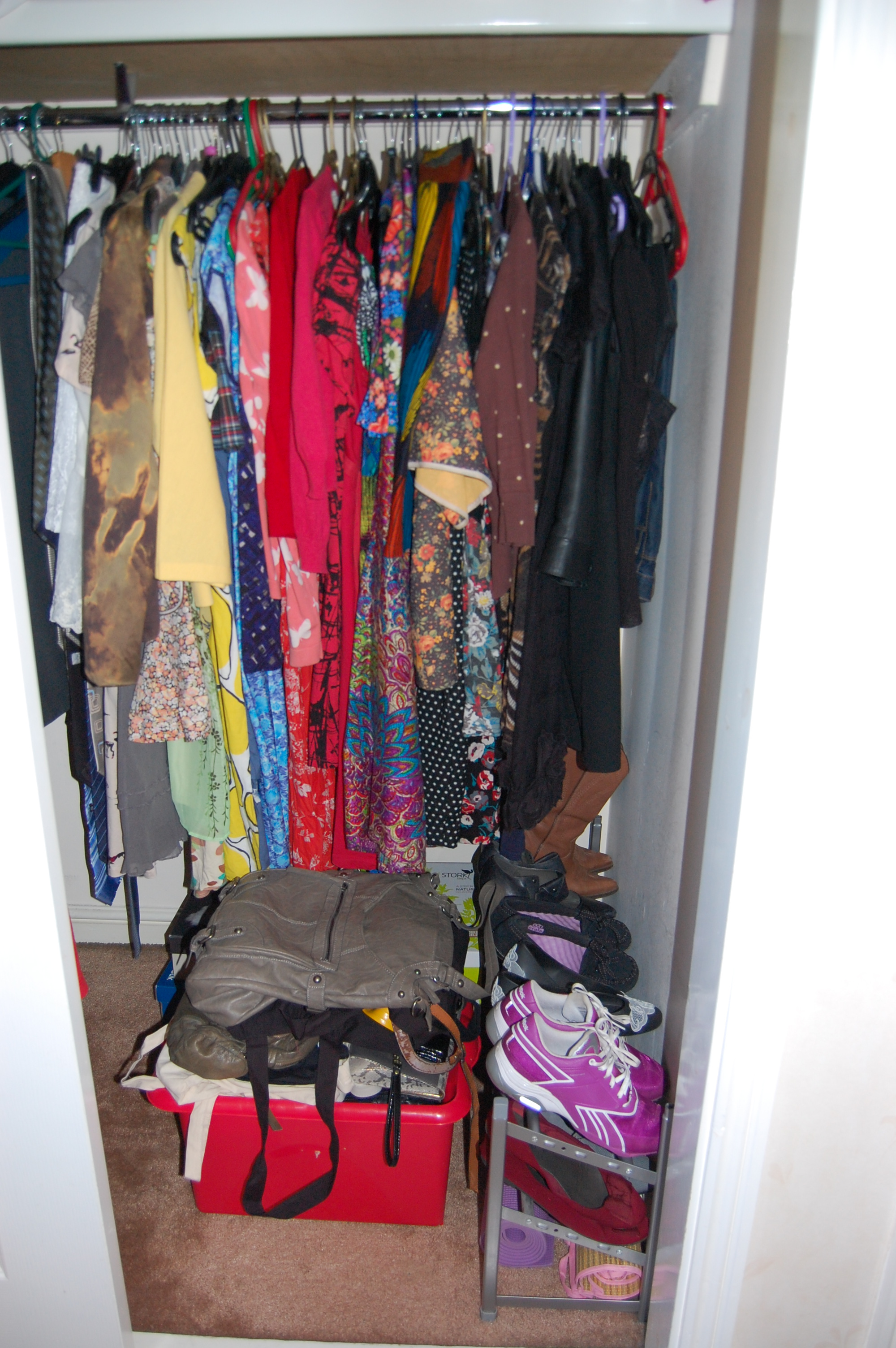 036 The Wardrobe Clear Out
