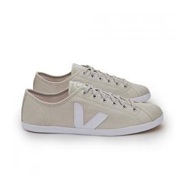 veja white Veja Ethical Shoes and the Observer Ethical Awards
