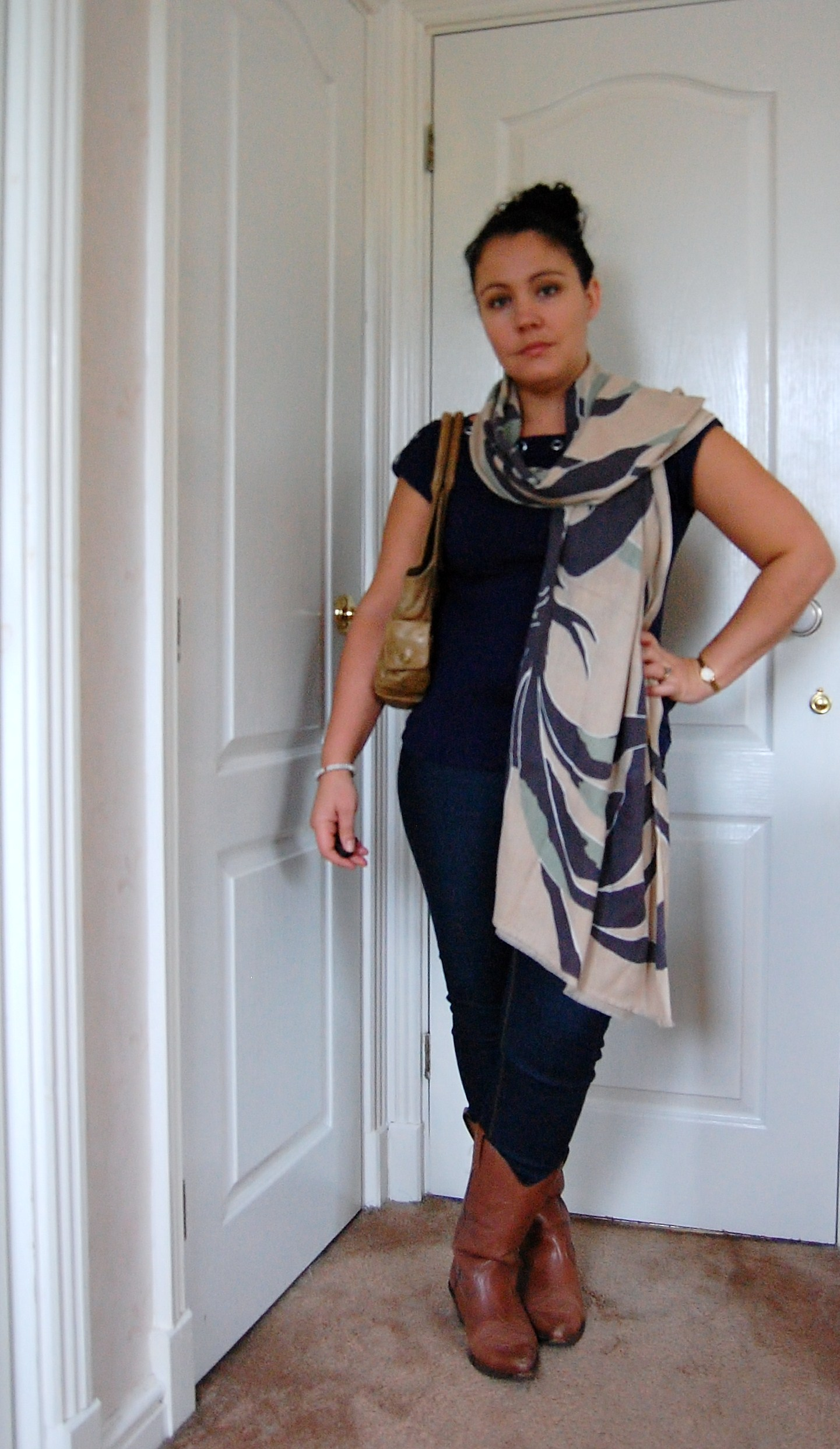 0232 Scarf by Elin Kling for Hoss Intropia