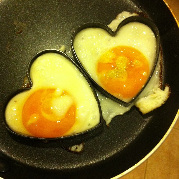 heart shapes eggs What to Wear on a Sunny Day