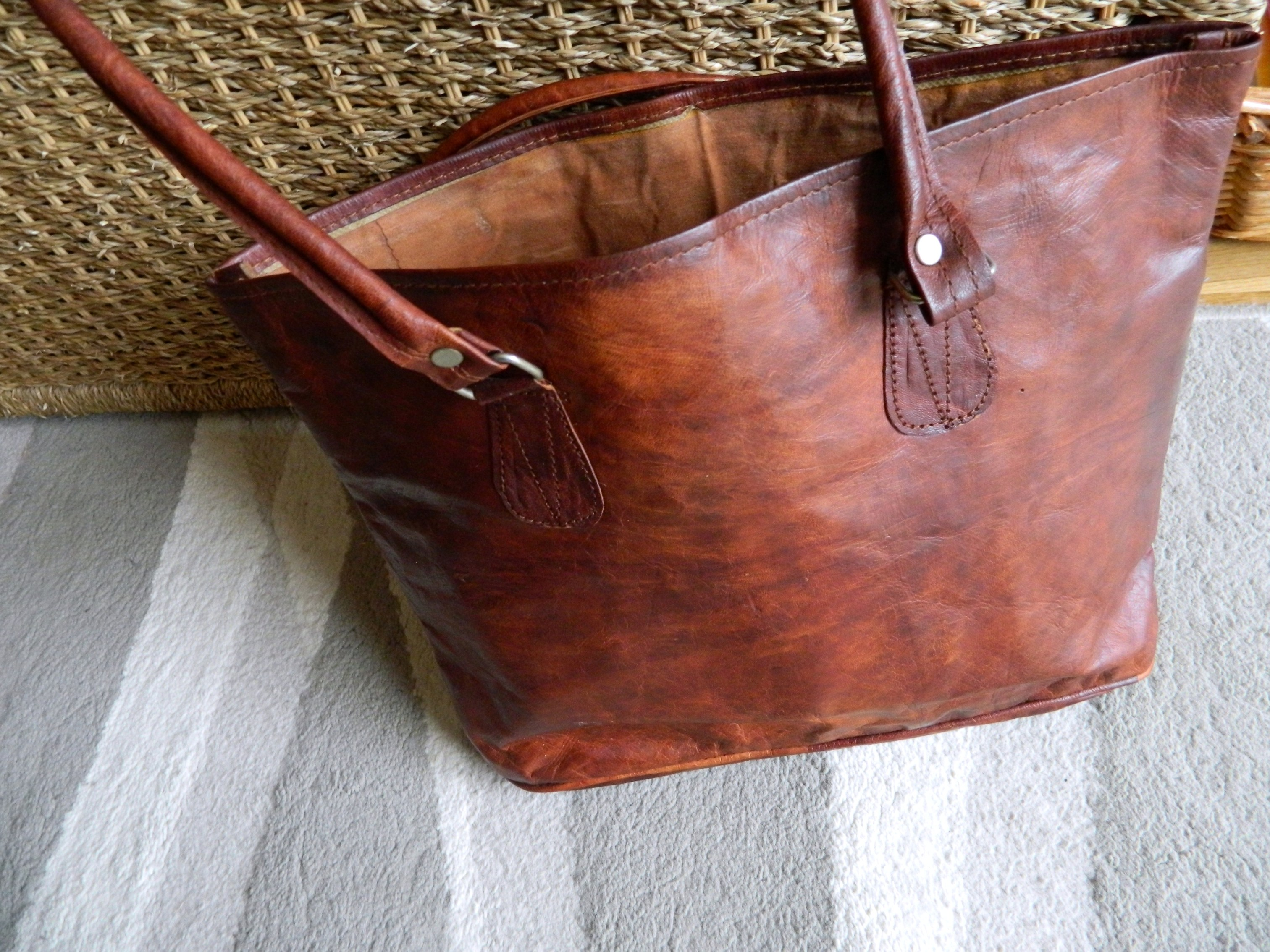 Gusti Leather Bag