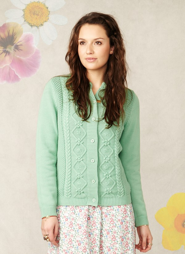 spring lilly cardi wst1888 apple front2 Ethical Fashion in the Sales