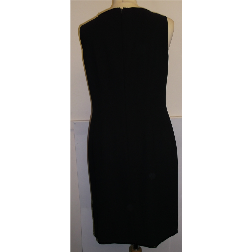 debut black dress The Shift Dress   Thrifty Thursday