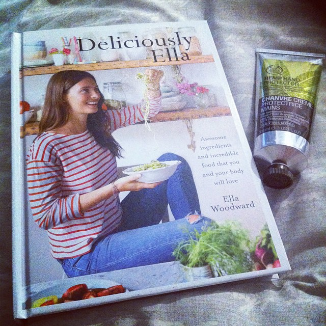 Deliciously Ella cook book