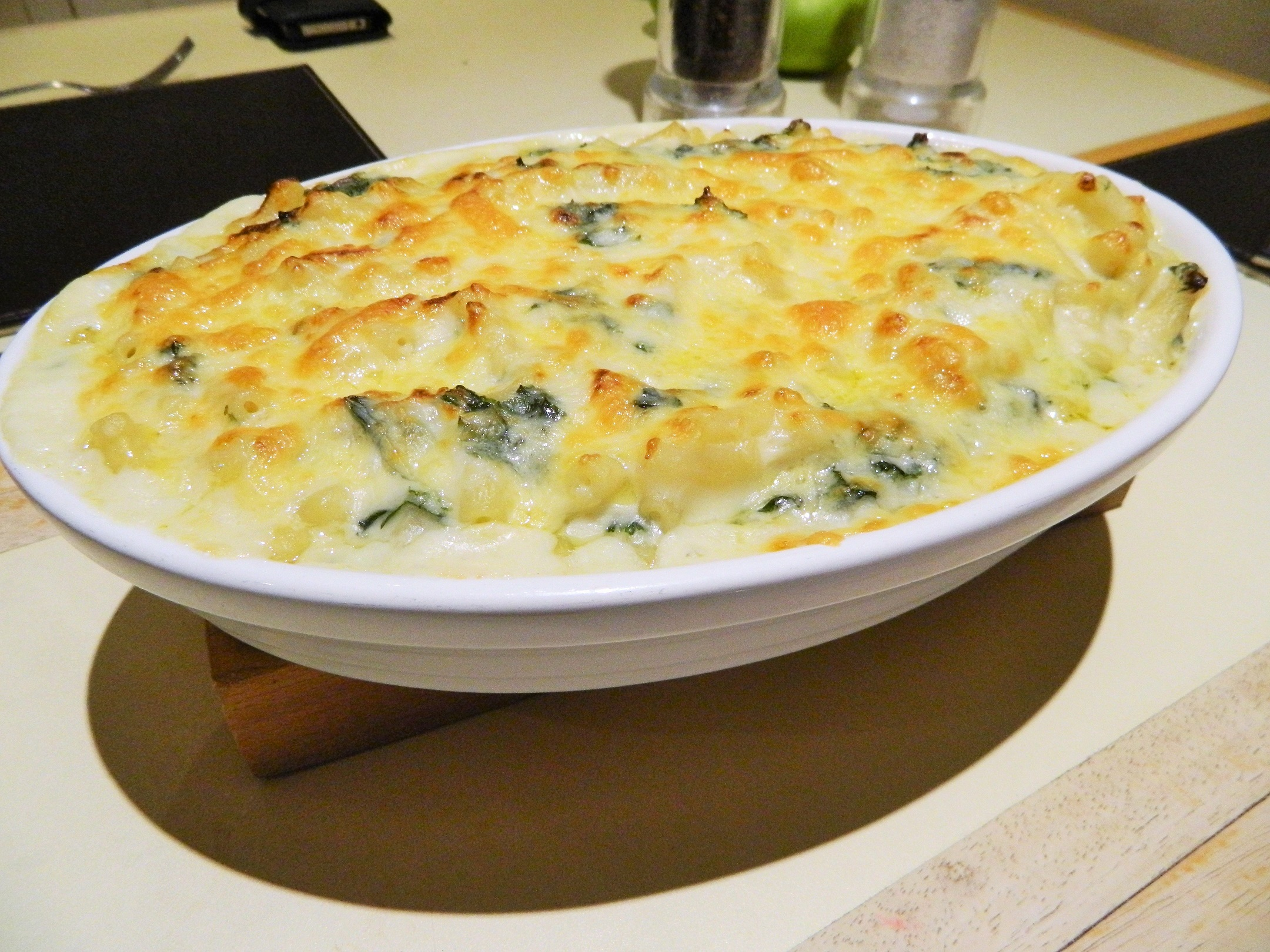 macaroni cheese and kale