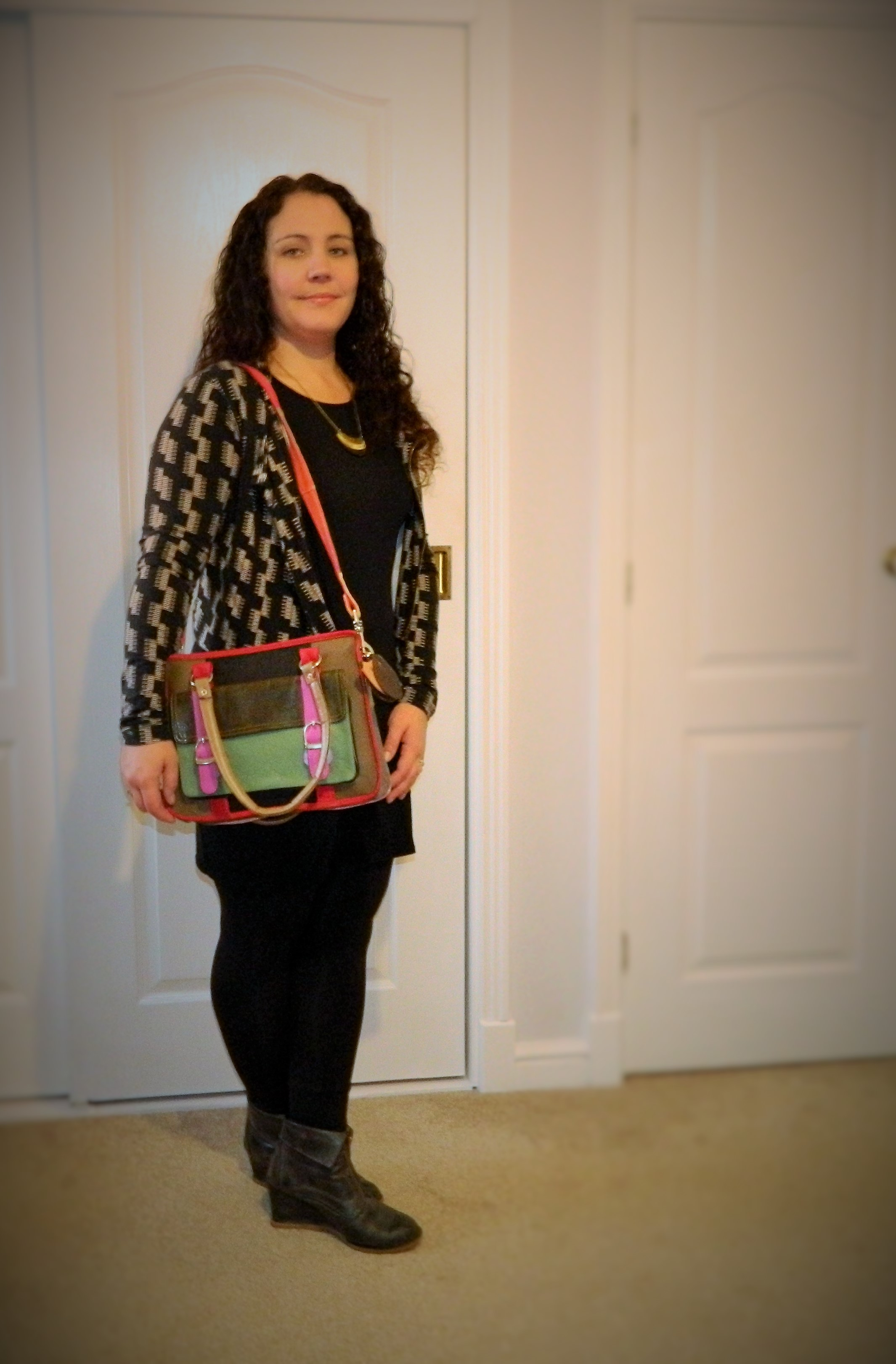 DSCN4777 2 Ethical Leather Bag Review: What Daisy Did